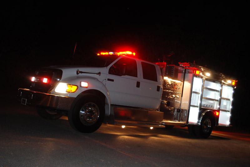 El Camión Motobomba en operaciones nocturnas