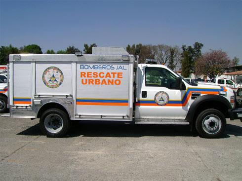 Vista lateral de la Unidad de Rescate Pesado